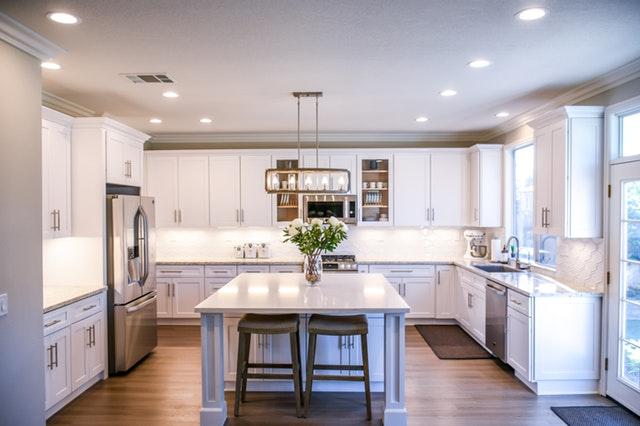 Proč volit bílou kuchyni?